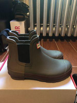 Hunter Chelsea boot sz 7 women for Sale in Brooklyn, NY
