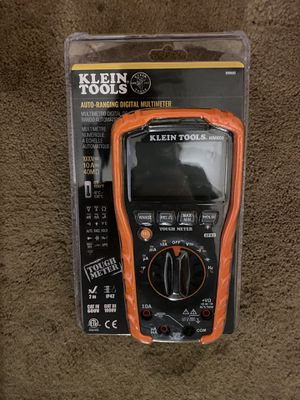 Klein tools auto ranging digital multimeter for Sale in West Islip, NY