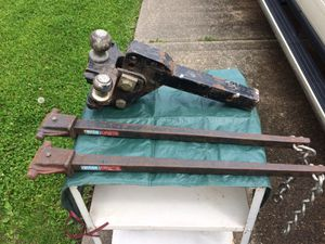 Load equalizing trailer hitch (Reese) for Sale in Lorain, OH
