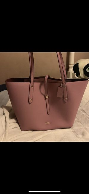 Pink Coach Bag for Sale in Seattle, WA