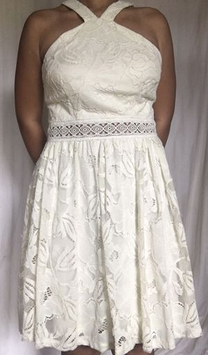 White knee length dress for Sale in New Orleans, LA