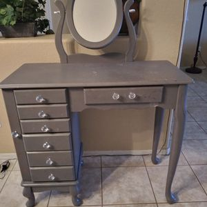 Grey Makeup Vanity for Sale in Surprise, AZ