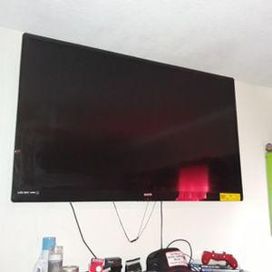 50 Inch TV Sanyo for Sale in Fresno, CA