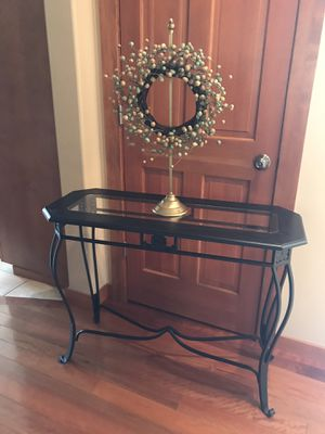Entryway Table - Sofa Table for Sale in Orting, WA