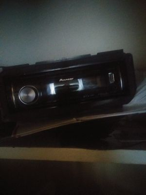 Pioneer CD player with Bluetooth for Sale in Pine Bluff, AR