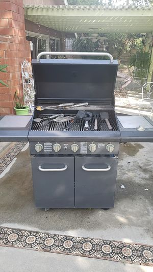 Kenmore 6 burner outdoor bbq grill for Sale in City of Industry, CA