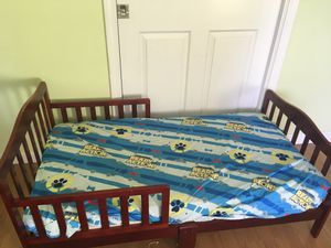 Toddler bed frame without mattress for Sale in Fremont, CA