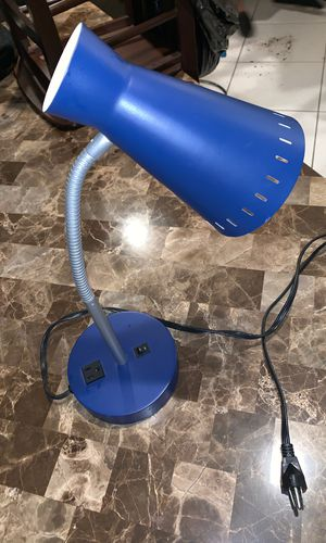 Adjustable desk lamp with outlet for Sale in Miami, FL