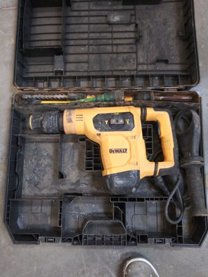 Dewalt roto hammer top rated used but works great in great condition for Sale in Vallejo, CA