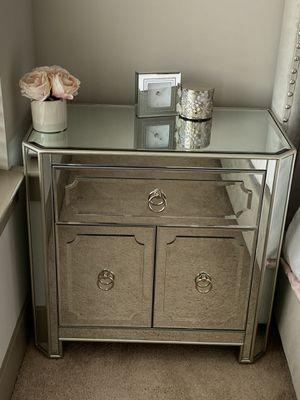 Z Gallerie Queen Bedroom Set for Sale in Woodbridge, VA
