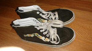 Vans Flower Pattern w/Zipper 1.5 Kids for Sale in Palmdale, CA
