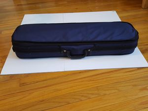Used Violin (size 3/4) with a bow and a case. for Sale in undefined