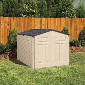 New slide lid shed by rubber maid for Sale in Virginia Beach, VA