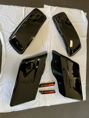 HARLEY DAVIDSON STREET GLIDE PAINT SET- - - BLACK. If it's listed it is still for sale. No need to ask if It's still available. for Sale in Los Angeles, CA