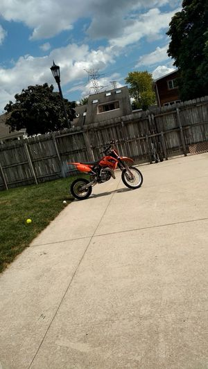 Looking for dirt bikes under 1000$ for Sale in IND HEAD PARK, IL