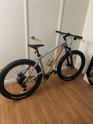 Nishiki Colorado Comp 1X 27.5+ Mountain Bike for Sale in Phoenix, AZ