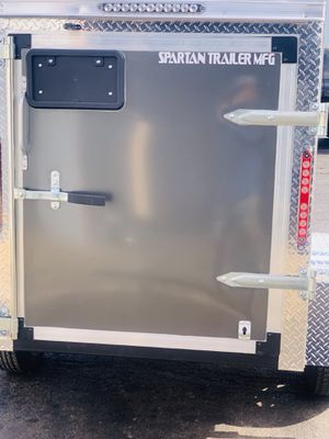 4x8 enclosed trailer model 2020 whit went 2000GWR charcoal barn door leed lights for Sale in Calumet City, IL