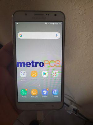 2 Phones Samsung J7 / Alcatel Q7 for Sale in Goodyear, AZ