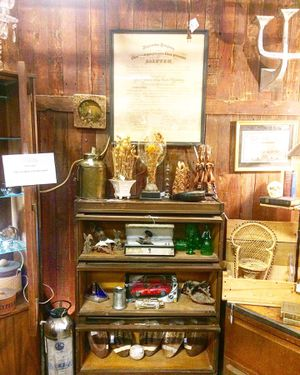 Brass armadillo antique mall Goodyear space 713 for Sale in Goodyear, AZ