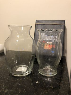 glass flower vase for Sale in Baltimore, MD