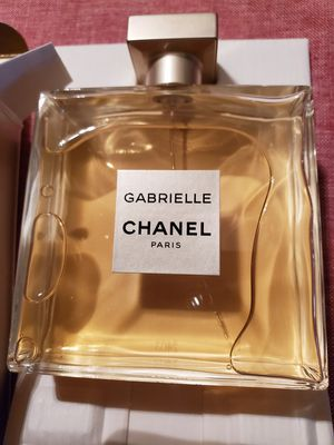 BRAND NEW AUTHENTIC GABRIELLE CHANEL PARIS PERFUME 3.4 FL OZ $ 60 OBO PRICE IS FIRM for Sale in Hesperia, CA