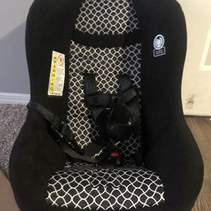 Car Seat for Sale in Mansfield, TX