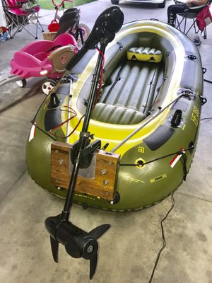 Sevylor 360 Inflatable Boat W/12V Motor for Sale in Temecula, CA