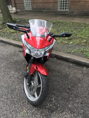 Motorcycle Honda CBR 250 for Sale in Chicago, IL