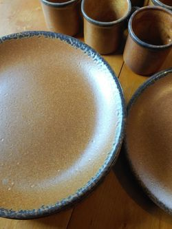 Vintage McCoy Stoneware Plates And Mugs for Sale in Kirkland,  WA