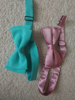 2 Bow ties men's dress shirt Suit Sport Jacket bow ties for Sale in Kent,  WA