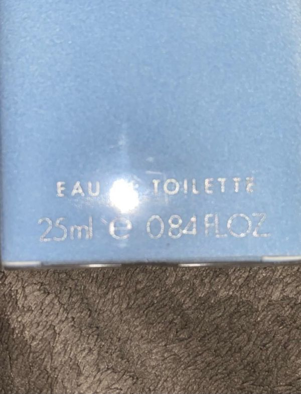 eau de toilette perfume