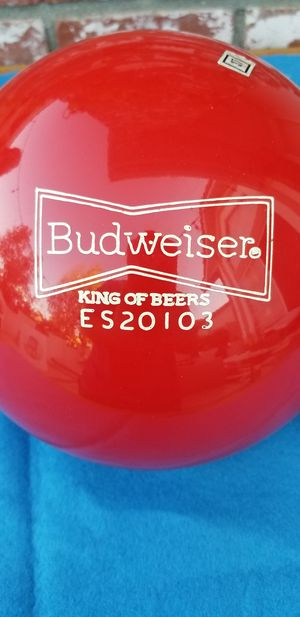 Budweiser bowling ball 16 pounds for Sale in Rialto, CA