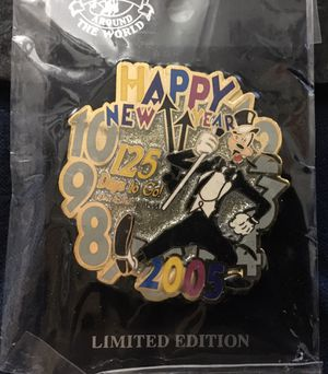 Disney Happy New Year Formal Goofy 125 Days to go countdown pin for Sale in Fort Lauderdale, FL