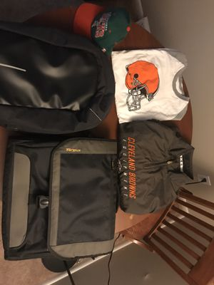 Miscellaneous items: Targus laptop bag, their proof backpack, Browns gear and Bucks snapback cap for Sale in Strongsville, OH