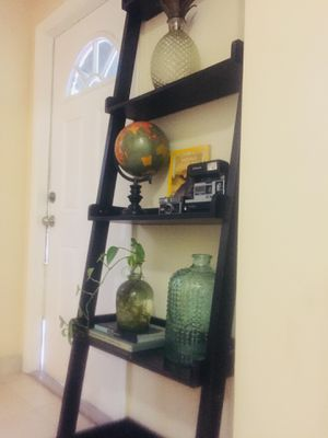 Black Ladder Shelf for Sale in North Miami Beach, FL