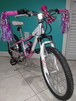 "20"" SPECIALIZED HOTROCK girls bike $80.00 excellent condition , firm on price (NO NEGOTIABLE) for Sale in Miami, FL"