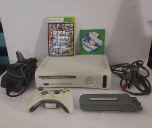 Xbox 360 Bundle for Sale in Palm Bay, FL