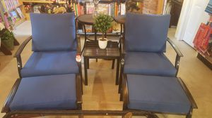 New 5 piece outdoor patio furniture with cushions for Sale in Oak Park, IL