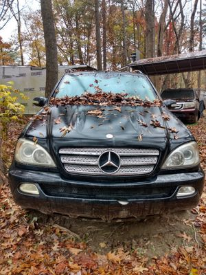 2005 Mercedes ML350 for sale Parts ! for Sale in Raleigh, NC