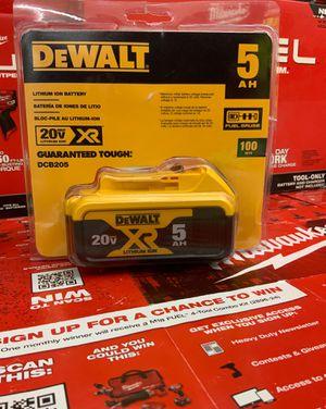 5AH amp battery in package for Sale in Cedar Hill, TX