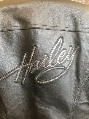 Ladies Harley Davidson Leather Jacket Size Small for Sale in Austin, TX