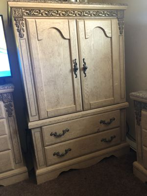 Bedroom set for Sale in Tulare, CA