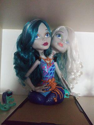 Monster high hair manequinn for Sale in Stuart, FL