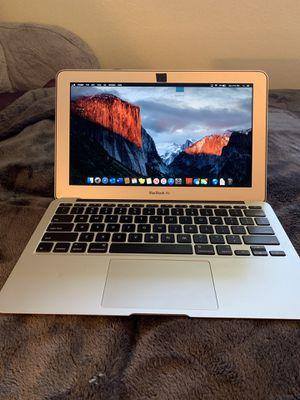 "2015 MacBook Air 11"", 128gb storage, 5.1mhz processor for Sale in Huntington Beach, CA"