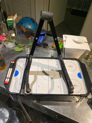Guitar stand for Sale in Los Angeles, CA