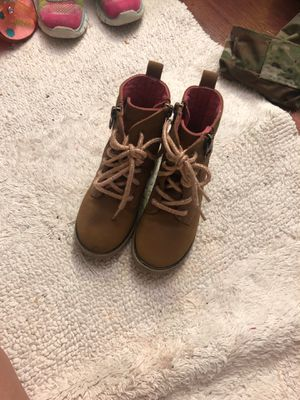 Girls boots size 8 for Sale in Oakbrook Terrace, IL