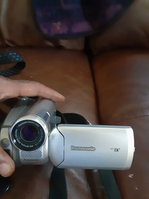 Panasonic mini camcorder like new for Sale in CRYSTAL CITY, CA