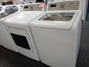 Samsung top load washer and electric dryer set in excellent conditions for Sale in Laurel, MD