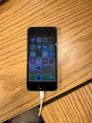 I Phone 5s unlocked 16GB for Sale in Frederick, MD