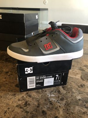 Dc shoes size 7 for Sale in Anaheim, CA